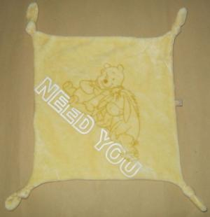 Doudou Winnie et Bourriquet jaune NEED YOU Disney Baby