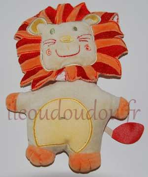 Doudou semi-plat lion beige orange rouge et jaune Auchan